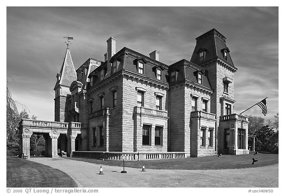 Chateau-sur-Mer, the first of Newport palatial summer mansions. Newport, Rhode Island, USA (black and white)