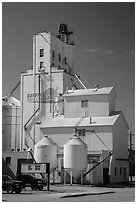 Grain elevator, Belle Fourche. South Dakota, USA ( black and white)