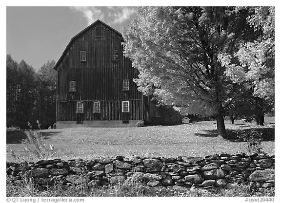 Lee Farm on Ridge Road. Vermont, New England, USA (black and white)