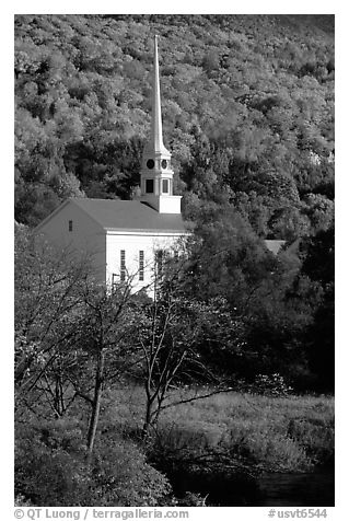 White steepled church in Stowe. Vermont, New England, USA (black and white)