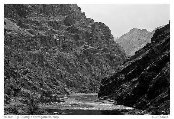 Basalt cliffs. Hells Canyon National Recreation Area, Idaho and Oregon, USA (black and white)