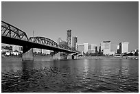 Williamette River, Hawthorne Bridge and city Skyline, early morning. Portland, Oregon, USA (black and white)