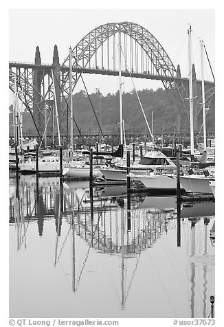 Yacht harbor and Newport Bay Bridge. Newport, Oregon, USA (black and white)