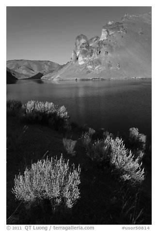 Owyhee Reservoir, Leslie Gulch. Oregon, USA (black and white)