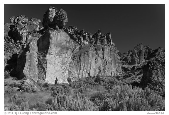 Volcanic cliffs, Leslie Gulch BLM National Backcountry Byway. Oregon, USA (black and white)