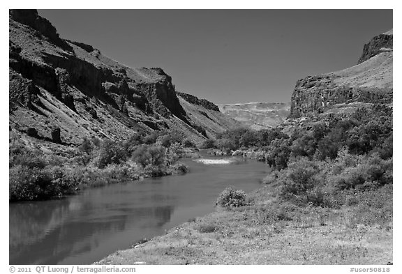 Owyhee River canyon. Oregon, USA (black and white)