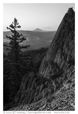 Mt McLoughlin and ridge from Pilot Rock at dusk. Cascade Siskiyou National Monument, Oregon, USA (black and white)