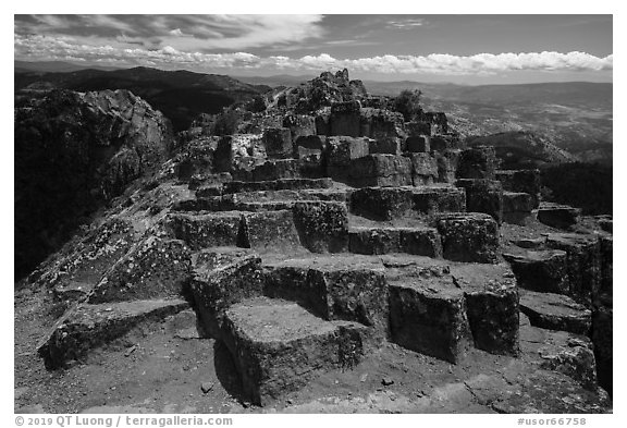 Top of basalt columns on Pilot Rock. Cascade Siskiyou National Monument, Oregon, USA (black and white)