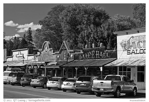 Main Street, Winthrop. Washington (black and white)