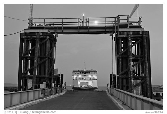 Ferry approaching through gate, Coupeville. Washington (black and white)