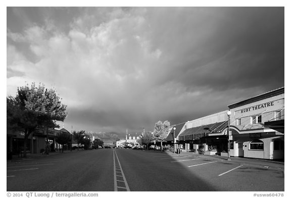 Main Street at sunrise, Chelan. Washington (black and white)