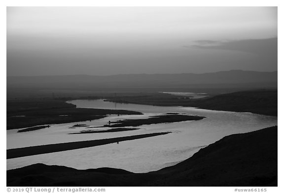 Columbia River and islets at sunset, Hanford Reach National Monument. Washington (black and white)