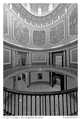 Paintings illustrating the state history below the dome of the capitol. Montgomery, Alabama, USA (black and white)