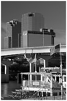 Riverboat and skyline. Little Rock, Arkansas, USA (black and white)