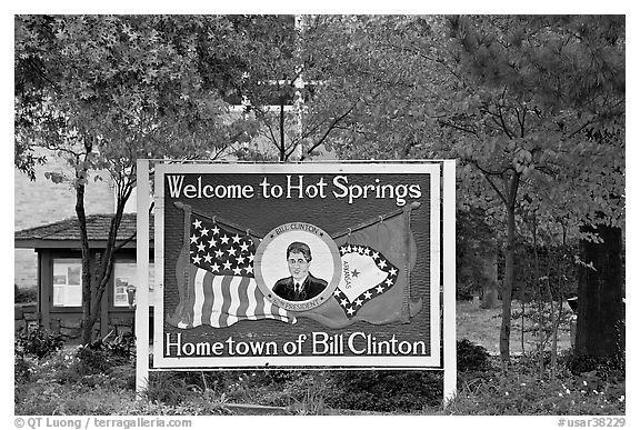 Welcome sign featuring Bill Clinton. Hot Springs, Arkansas, USA (black and white)
