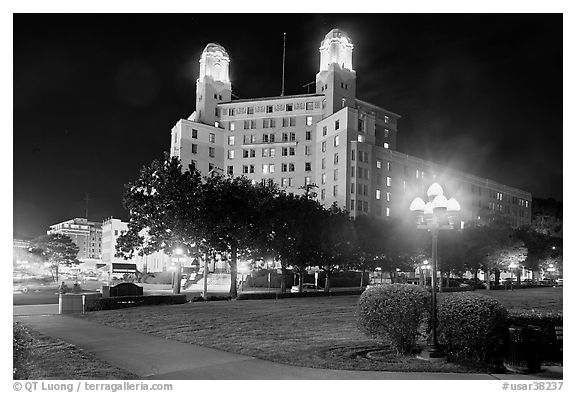 Historic hotel by night. Hot Springs, Arkansas, USA (black and white)