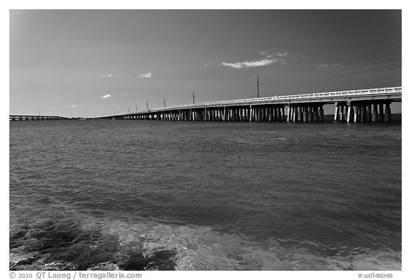 Old and new bridges, Bahia Honda Channel. The Keys, Florida, USA (black and white)
