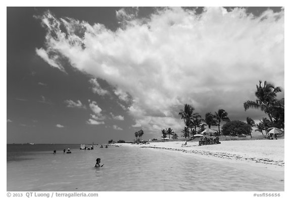 Sombrero Beach, Marathon Key. The Keys, Florida, USA (black and white)
