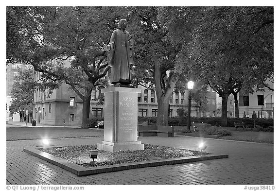 Square with statue of John Wesley at dusk. Savannah, Georgia, USA (black and white)