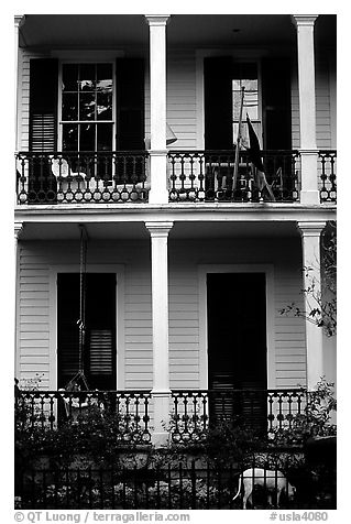 Mansion facade in Southern style, Garden Distric. New Orleans, Louisiana, USA (black and white)