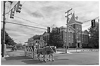 Horse carriage at street intersection. Vicksburg, Mississippi, USA (black and white)