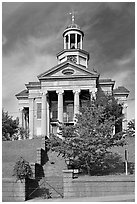 Old courthouse museum in fall. Vicksburg, Mississippi, USA (black and white)