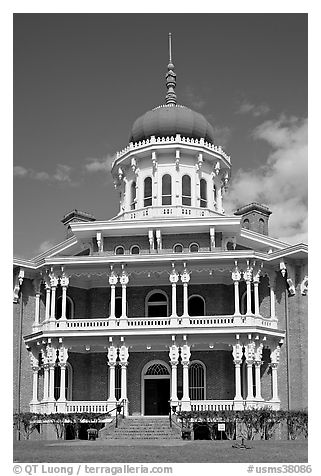 Longwood. Natchez, Mississippi, USA (black and white)