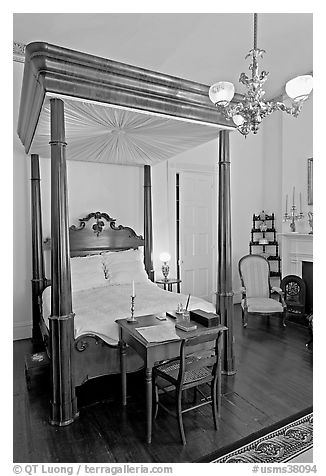 Bed in Rosalie house where General Grant slept. Natchez, Mississippi, USA (black and white)