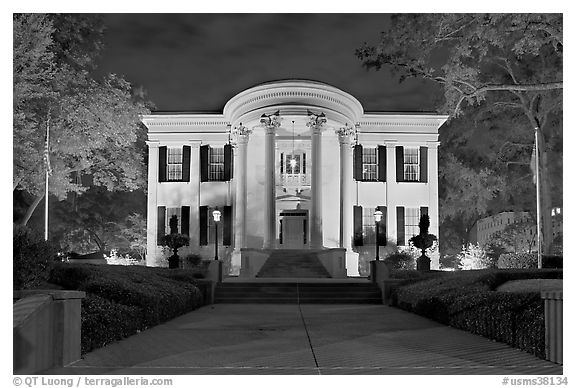 Mississippi Governor's mansion at night. Jackson, Mississippi, USA (black and white)