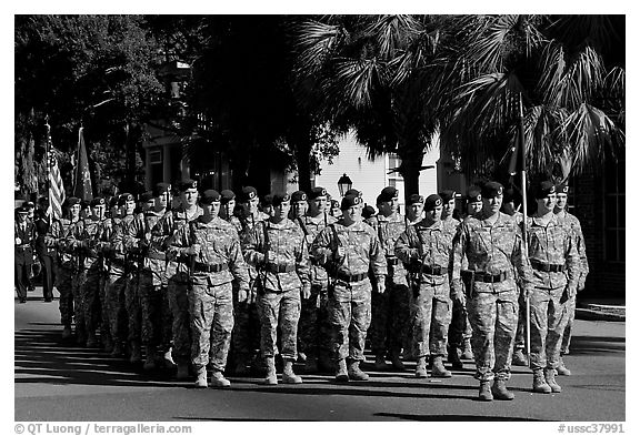 Army men marching during parade. Beaufort, South Carolina, USA (black and white)