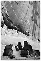 White House Ancestral Pueblan ruins. Canyon de Chelly  National Monument, Arizona, USA (black and white)