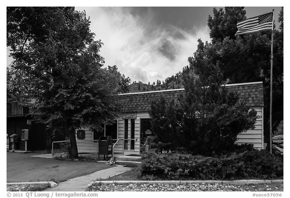 Post Office, Drake. Colorado, USA (black and white)