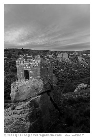 Stronghold House, Twin Towers, Hovenweep House, and Eroded Boulder House, sunrise. Hovenweep National Monument, Colorado, USA (black and white)