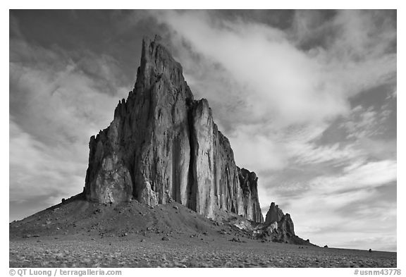 Shiprock diatreme. Shiprock, New Mexico, USA (black and white)