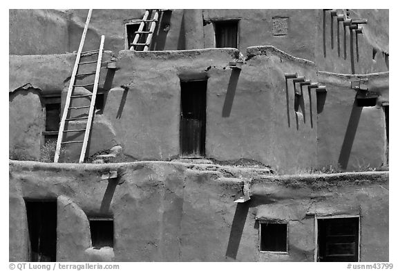 Detail of ancient earthen homes of Native Americans. Taos, New Mexico, USA (black and white)