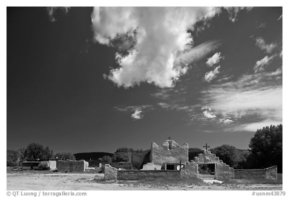 Picuris Pueblo and church. New Mexico, USA (black and white)
