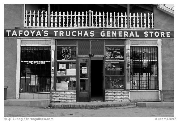 Facade of Tafoya Truchas genereal store. New Mexico, USA (black and white)