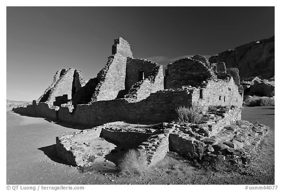 Pueblo Bonito, early morning. Chaco Culture National Historic Park, New Mexico, USA (black and white)