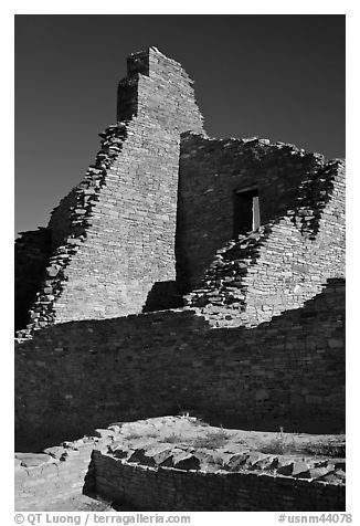 Brick walls, Pueblo Bonito. Chaco Culture National Historic Park, New Mexico, USA (black and white)
