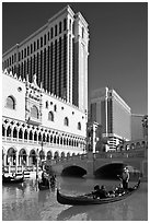 Gonodla and Venetian casino. Las Vegas, Nevada, USA (black and white)