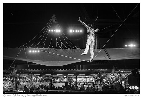 Circus act, Circus Circus casino. Reno, Nevada, USA (black and white)