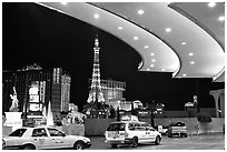 Taxis at hotel entrance, Paris Las Vegas. Las Vegas, Nevada, USA ( black and white)
