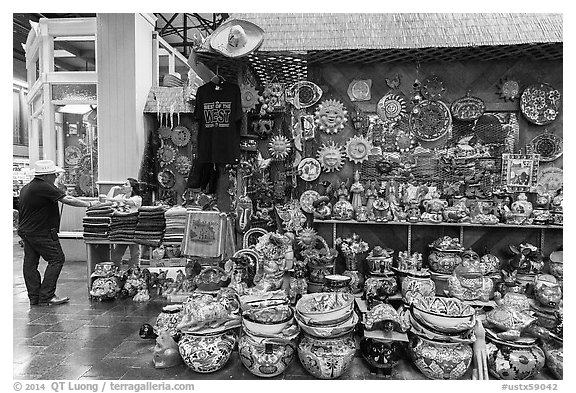 Mexican ceramics for sale, Market Square. San Antonio, Texas, USA (black and white)