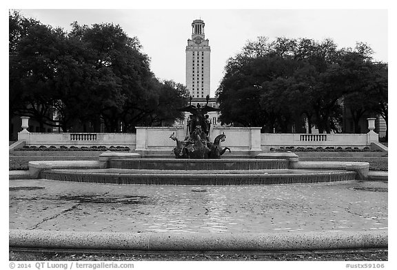 Basin and Texas Tower, University of Texas. Austin, Texas, USA (black and white)