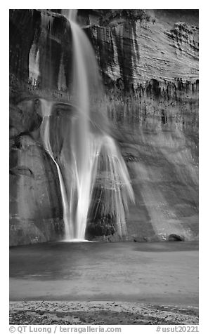 Lower Calf Creek Falls and pool. Grand Staircase Escalante National Monument, Utah, USA (black and white)