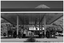 Hollow Mountain gas station, Hanksville. Utah, USA ( black and white)