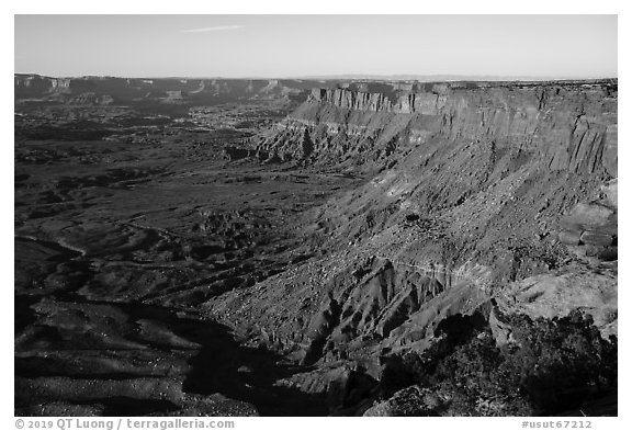 Lockhart Basin Canyon Rims from Needles Overlook. Bears Ears National Monument, Utah, USA (black and white)