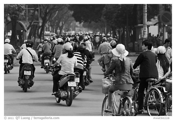 Street traffic. Ho Chi Minh City, Vietnam (black and white)