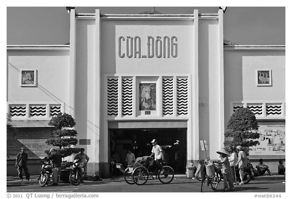 Northern Gate, Ben Thanh Market. Ho Chi Minh City, Vietnam (black and white)
