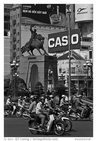 Le Loi statue on traffic circle. Ho Chi Minh City, Vietnam (black and white)